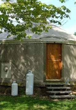 RotatingPhotos_yurt